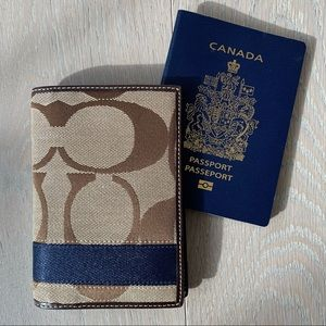 NEW Coach Travel Passport Case Holder